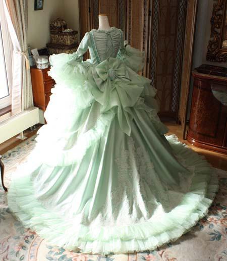 中世ヨーロッパドレス ウェディングドレス。