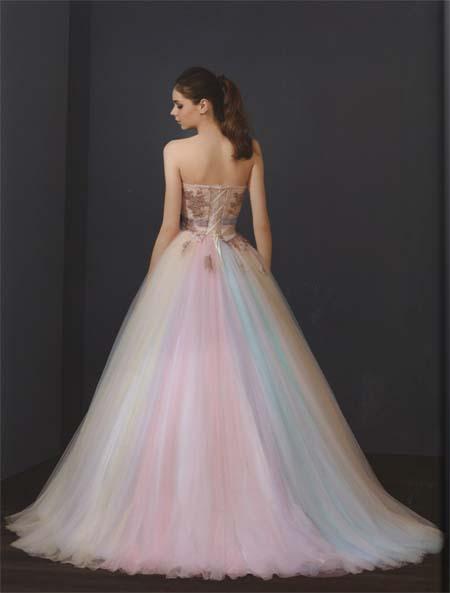 個性的お色のレインボーカラードレス 結婚式のお色直しカクテルドレス