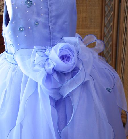 ドレスに合わせたリボンを制作 オーダーメイド制作
