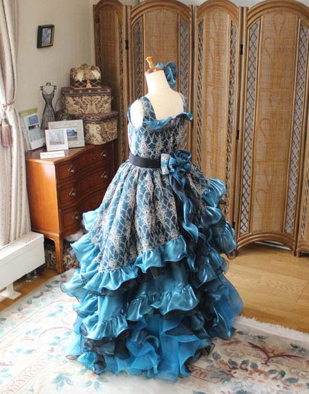 ドレス全体のシルエット ティアードスカートとベルラインスカートの詳細