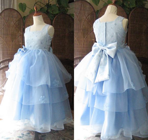 ピアノの発表会ドレス ブルー
