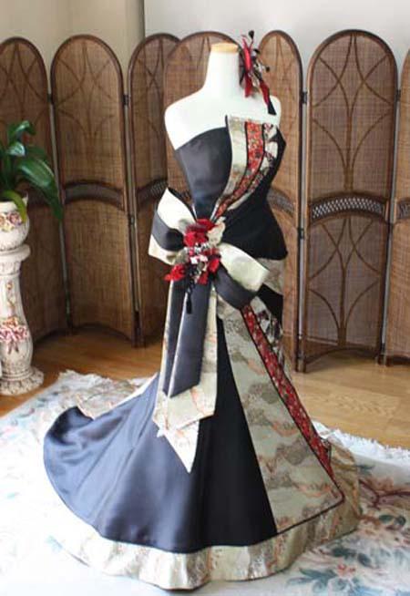 着物のウェディングドレス 両親を喜ばせるお色直しドレス