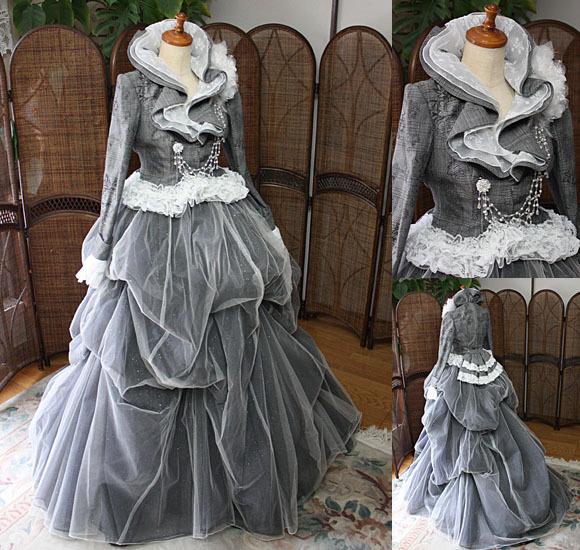 中世貴婦人のようなカラードレスに変身