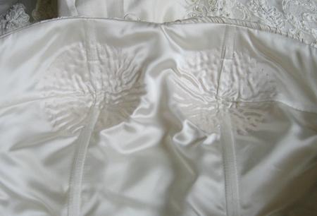 ウェディングドレスの立体裁断