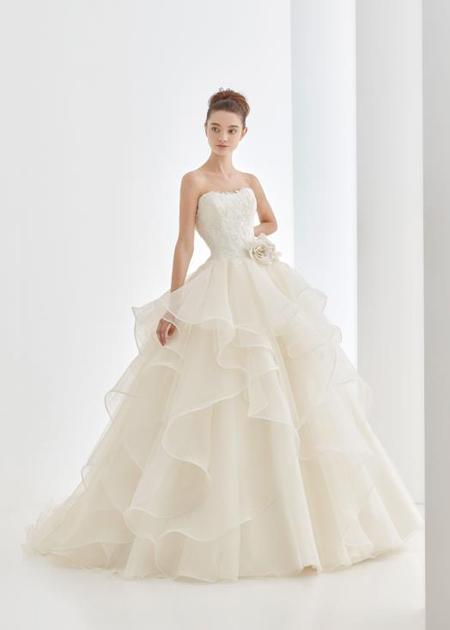 ウェディングドレス選びならメタモールフォーゼ  デザイナーが花嫁の理想に合わせたドレスを相談してくれるお店