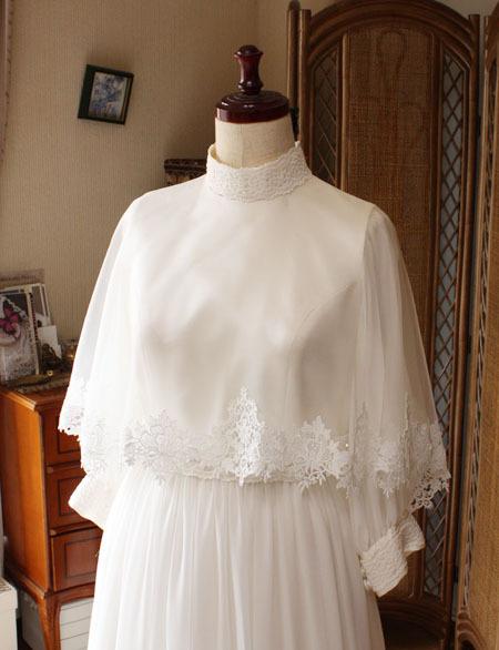 ケープスタイルのウェディングドレス オーダーメイド
