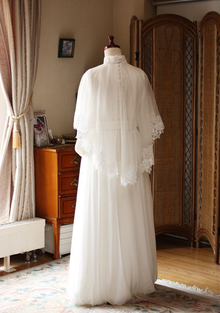 クラシック ウェディングドレス バックスタイルドレス