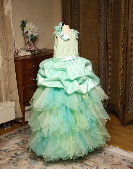 子供の発表会ドレス