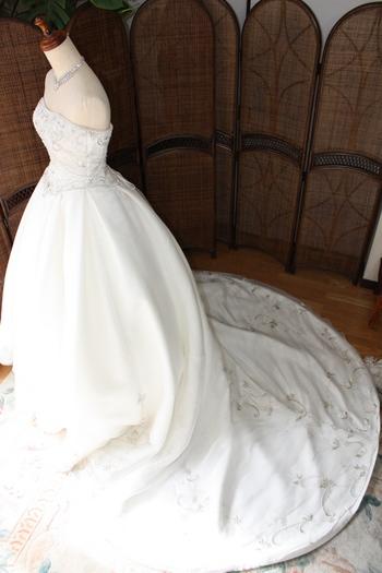 ブライダルドレス