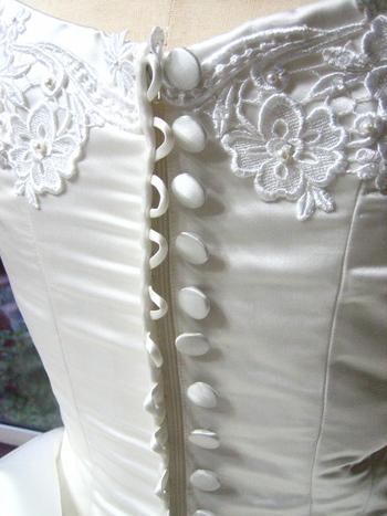 ウェディングドレス シルク