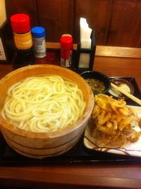 丸亀製麺の釜揚げうどん。