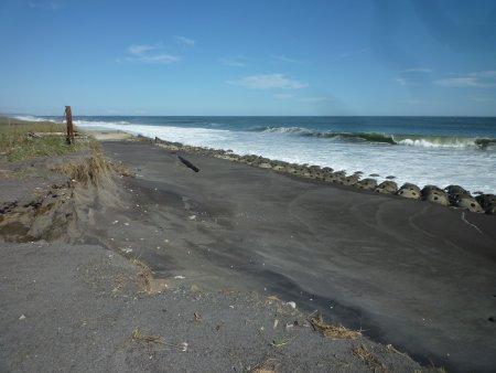 深刻な海岸浸食
