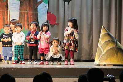 幼児センターで発表会
