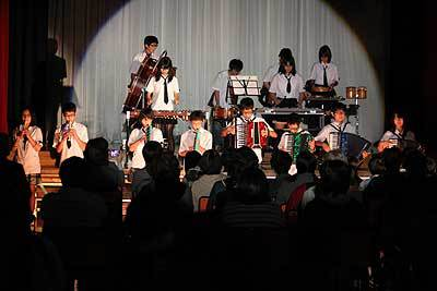 中川中で感動の学校祭