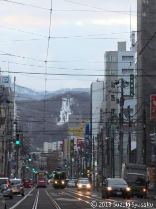 【札幌市電】ジャンプ台の見える街で