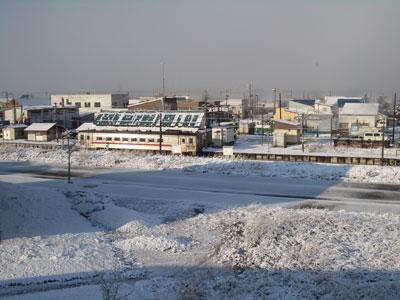 雪景色の中川市街