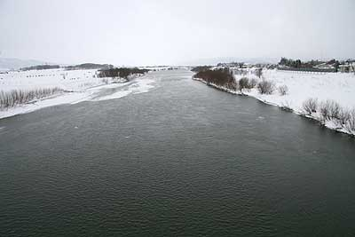 すっきりした川!