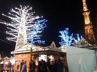 【クリスマス市 夜の風景】