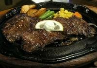 ステーキを引き立てる脇役/東の老舗レストランまなべに久々