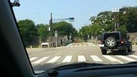 記事「本物バスで『死角』確認 京都、小学生が安全授業」について